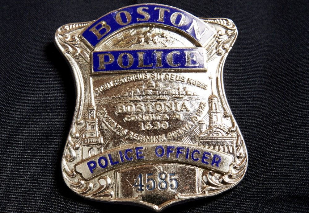 Police Badges In The United States Seem To Fall Into Two