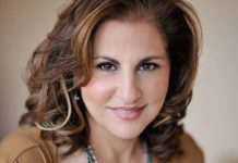 Kathy Najimy,Provincetown Carnival,Provincetown Business Guild